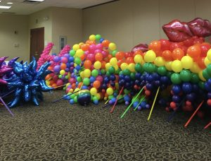 contact us to get your parade balloons.